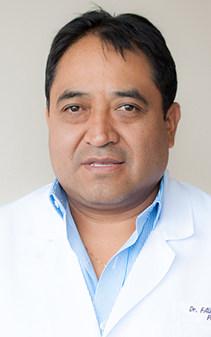 Dr. Fausto Yumisaca Tuquinga