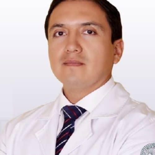 Dr. Cristhian García